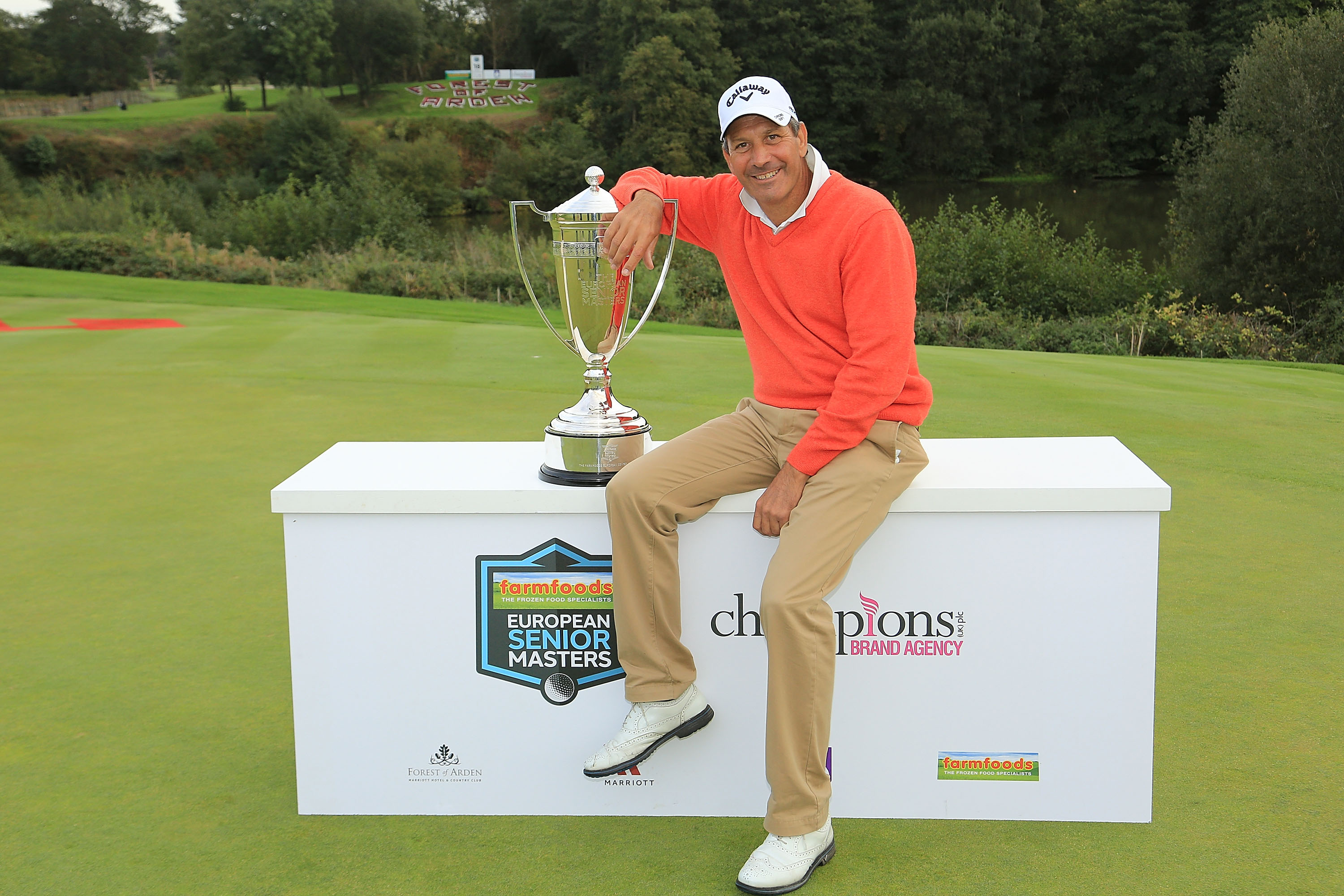Santiago Luna stayed in control throughout the final round as he marched to victory at the Farmfoods European Senior Masters